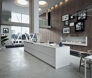 Ilot Central Pour Cuisine : ilot central pour une grande cuisine blanche et bois ~ Teatrodelosmanantiales.com Idées de Décoration