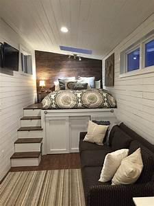 petite maison bois plafond bois blanc avec spot encastre With deco de jardin exterieur 7 deco interieur cheminee