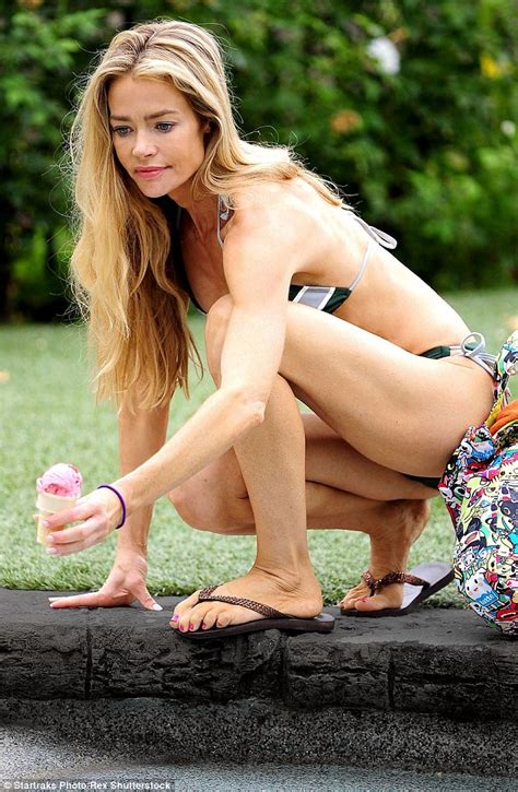 Denise Richards Panty Pics Xxx Photo
