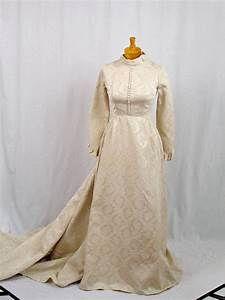 50s wedding dress 1950s ivory wedding dress brocade With brocade wedding dress