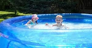 Piscine Gonflable Pas Cher Gifi : produit la piscine gonflable le type de piscine le ~ Dailycaller-alerts.com Idées de Décoration