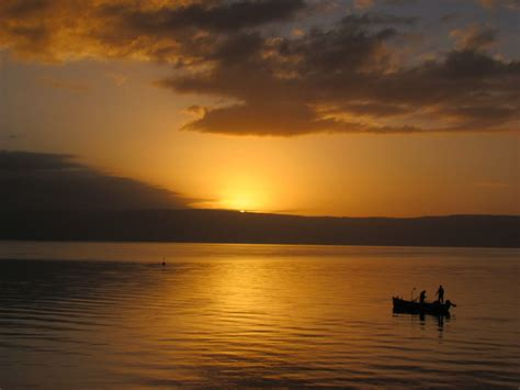 sunrise   sea  galilee biblical israel tours