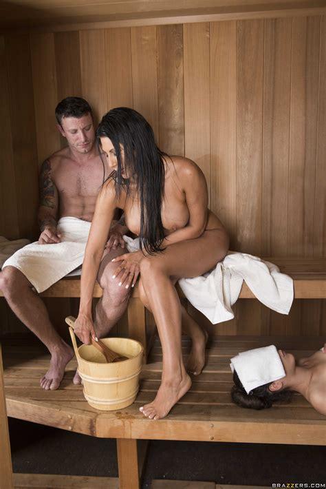 Sexy Woman Got Fucked In The Sauna Photos Makayla Cox Milf Fox