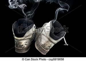 Stinkende Schuhe Backpulver : bilder von stinkende turnschuhe paar von faul altes turnschuhe csp5919058 suchen ~ A.2002-acura-tl-radio.info Haus und Dekorationen
