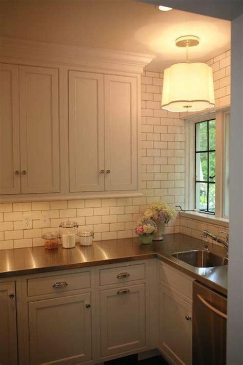 kitchen counter top tile 25 bästa stainless steel benches idéerna på