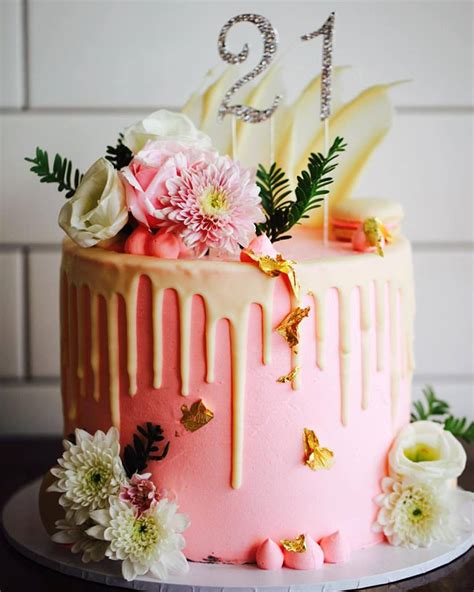 wedding cake decorations gold coast wedding cake flowers and cake toppers gold coast