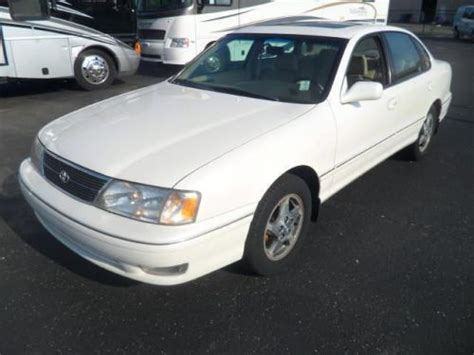 1999 Toyota Avalon Xls by Sell Used 1999 Toyota Avalon Xls In 7270 N Keystone Ave