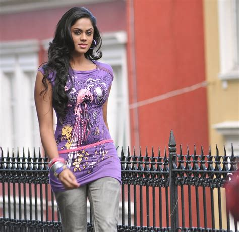 Crush Of The Day Karthika Nair Super Hot Unseen Pics