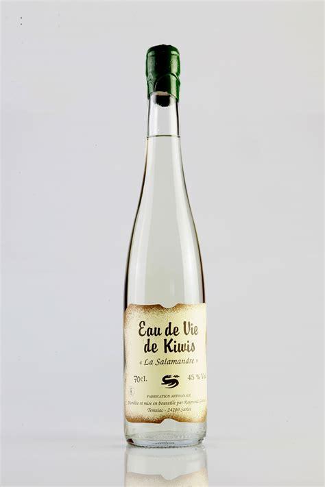eau de vie de kiwis distillerie la salamandre