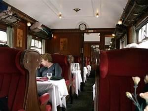 Car no 79 art deco interior picture of north yorkshire for Art deco train interior