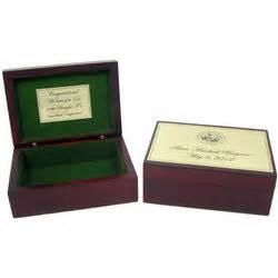 personalized graduation memory box  university seal
