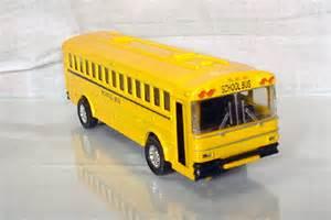 Thomas Toy School Buses