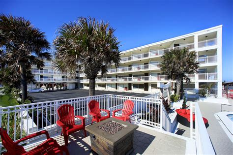 Deck Daytona Parking by Chateau Mar Resort Deals Reviews Ormond