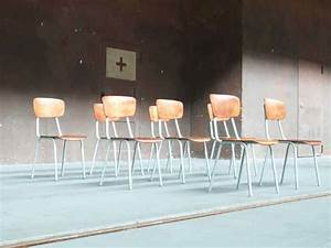 Urban Design Möbel : vintage stuhl auditoriumstuhl fabrikstuhl industriestuhl works berlin restauriert und ~ Eleganceandgraceweddings.com Haus und Dekorationen