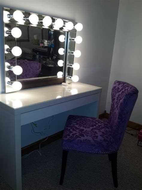 Makeup Desk With Light Bulbs by 17 Best Images About Vanity Mirror On Vanities