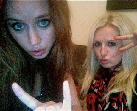 No 5: Una Healy from The Saturdays - Twit Pix Of The Week ...
