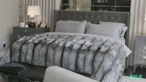 whats  luxe bed  kendall  kylie jenner