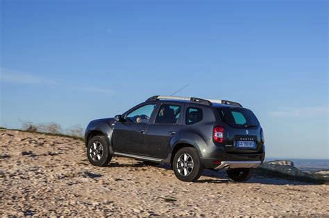 renault duster 2014 2014 renault duster facelift rear indian autos blog