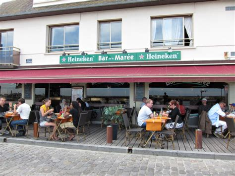 timoth 233 e rolin bar de la mar 233 e port en bessin hupain je trouve un restaurant pour d 233 jeuner