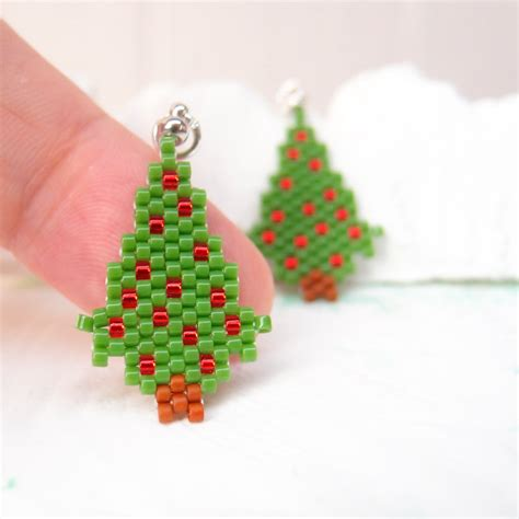 beaded christmas tree pendant peyote stitch handmade charm
