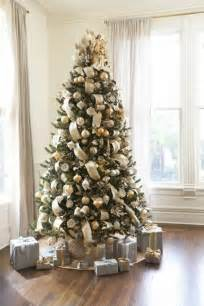 25 best ideas about silver christmas tree on pinterest white xmas tree silver christmas and
