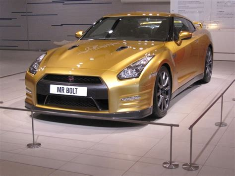 nissan gold live photos of usain bolt s one off gold nissan gt r