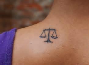 kleine tattoos ideen fuer motive mit bedeutung