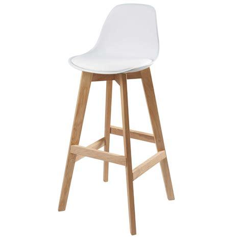 chaise de bar blanche chaise de bar scandinave blanche maisons du monde