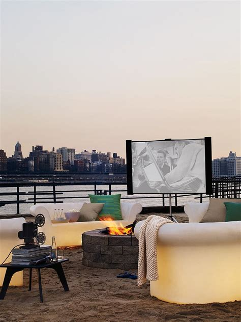 Backyard Home Theater by How To Create An Entertaining Outdoor