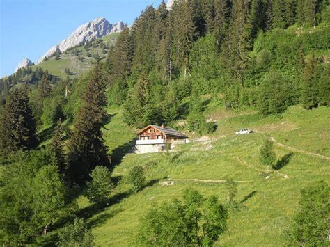 la clusaz chalet d alpage renove tout confort 10 12 pers haute savoie abritel