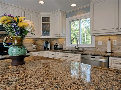 Who Makes The Best Quartz Countertops by What Is The Best Quartz Countertop Color For Cabinets