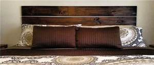 Faire Une Tête De Lit En Bois : fabriquer une t te de lit en bois avec planches et cire teinter ~ Teatrodelosmanantiales.com Idées de Décoration