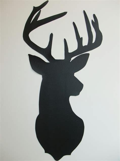 hang  deer silhouette wall art tutorial