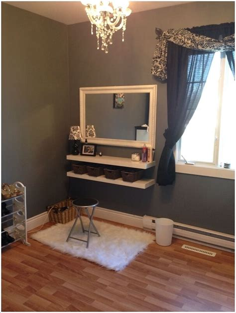 Diy Vanity Table With Mirror by 10 Cool Diy Makeup Vanity Table Ideas