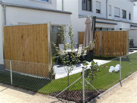 garten sichtschutz bambus balkon sichtschutz aus bambus praktische und originelle idee