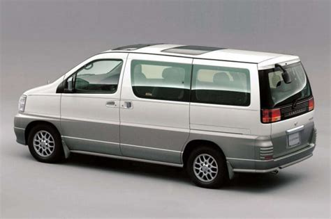 Review Nissan Elgrand by Used Nissan Elgrand Review 1997 2014 Carsguide