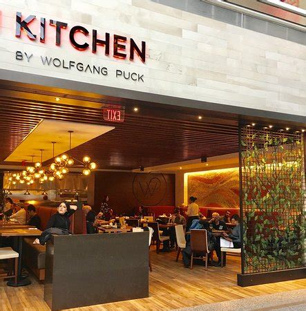 The Italian Kitchen By Wolfgang Puck, Dallas  Restaurant