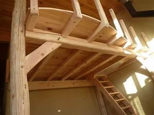 Mobilier Bois Design : mezzanine structure en bois sur poteaux de pierres et de bois ~ Melissatoandfro.com Idées de Décoration