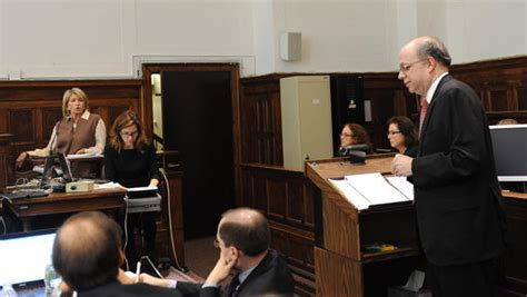 Judge won't dismiss Macy's claim in Martha Stewart trial ...