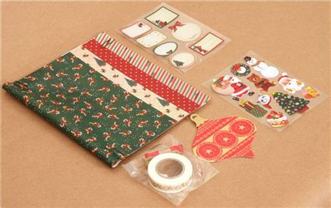 Green Christmas Gift Wrapping Paper Kit From Japan