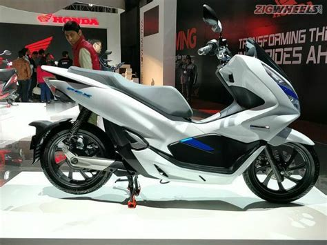 Honda Pcx 2018 Electric by Honda Pcx Electric Scooter Showcased At Auto Expo 2018