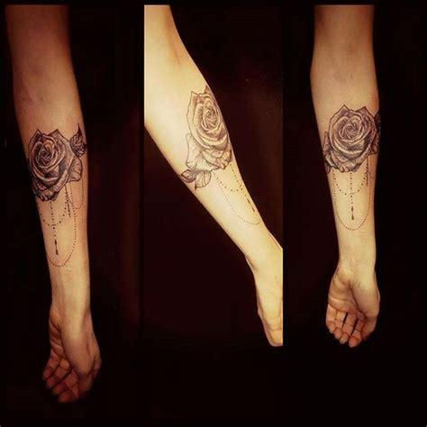localiser bureau de poste tatouage interieur du bras femme 28 images 31 best