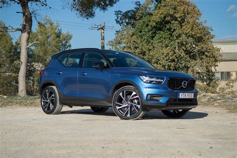 volvo xc  drive review  big gamble pays