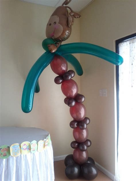 Luau Party Balloon Decor