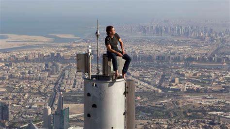 Tom Cruise Sitting On Top Of Burj Khalifa During The
