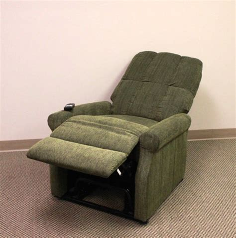 power lift recliner in green reclined power lift