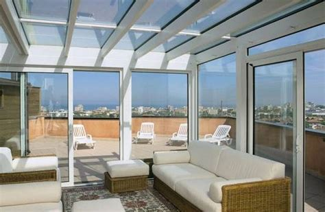 veranda terrazzo vetro verande a roma su misura in vetro alluminio pvc magifer