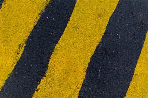 photo  yellow black lines stocksnapio