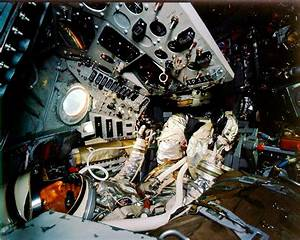 The interior of Shepard's Freedom 7 capsule. | Space ...