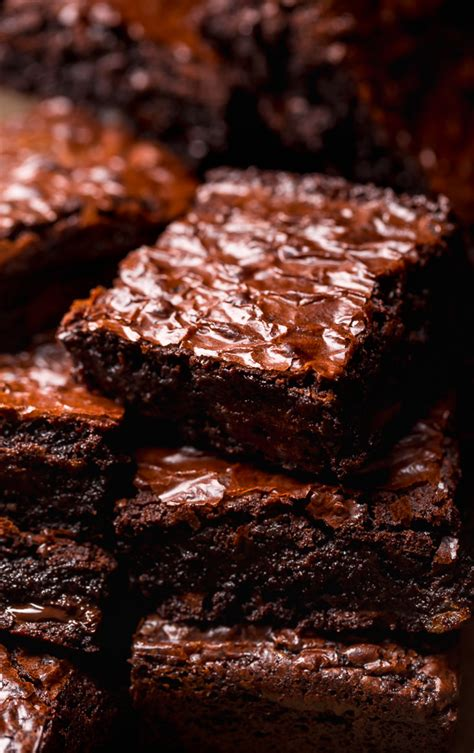 With a subtle nutty undertone, this coffee tastes just like fresh, warm brownies out of the oven. Espresso Chocolate Chunk Brownies - Baker by Nature